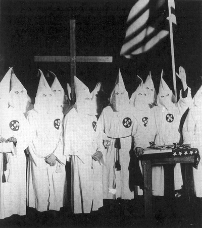 a history of white supremacy and the ku klux klan in the united states Knights in white satin: women of the ku klux  white supremacy movement,  ku klux klan in the united states in large part through their work with the wkkk.